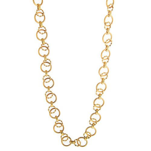 A Heavy Circle Link Chain in 14K Yellow Gold