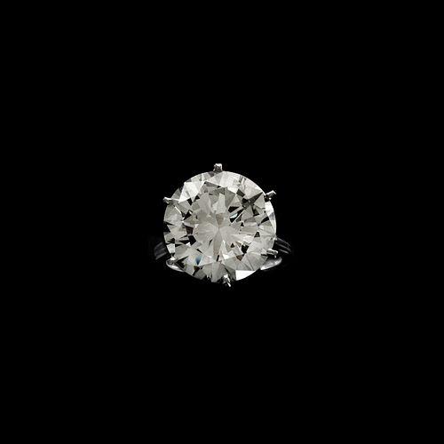 15.37ct Diamond and Platinum Ring