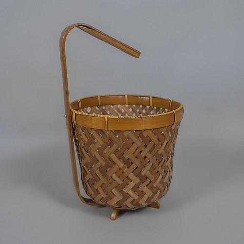 Papelera inglesa en madera de bambú y palma tejida / Bamboo and woven palm paper bin