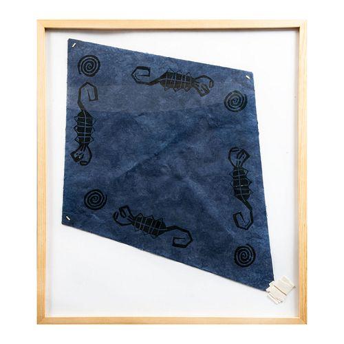 FRANCISCO TOLEDO Papalote azul. Escorpiones. Firmado al frente Esténcil y troquel sobre papel hecho a mano. Enmarcado. 80 x 70 cm