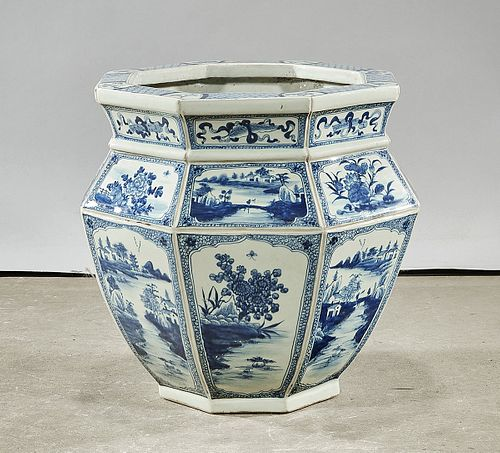Chinese Blue and White Porcelain Octagonal Jardiniere