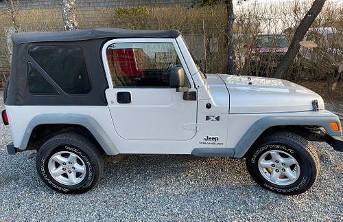2006 Gray Jeep Wrangler X with 10,821 Miles