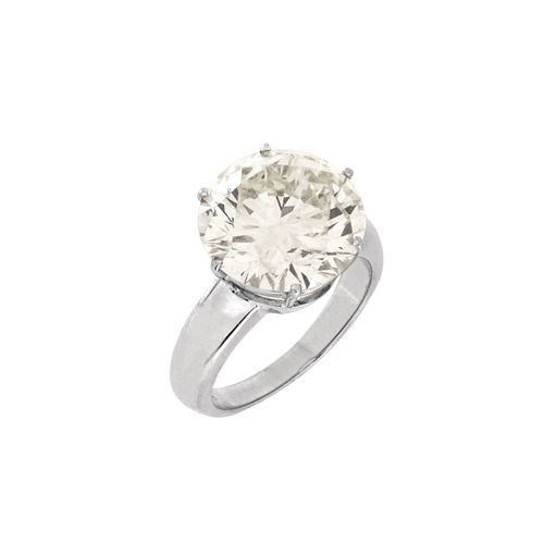 9.39ct Diamond and 18K Ring