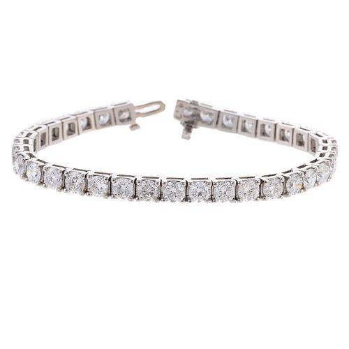 An Impressive 13.76 ctw Diamond Line Bracelet