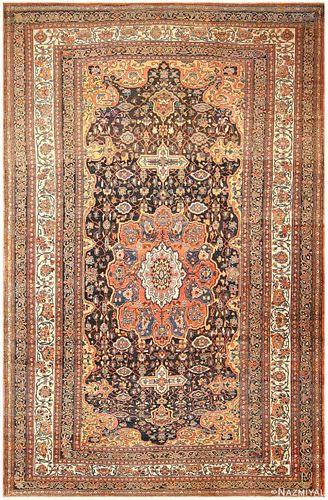 ANTIQUE PERSIAN BAKHTIARI CARPET. 23 ft 4 in x 14 ft 3 in (7.11 m x 4.34 m)