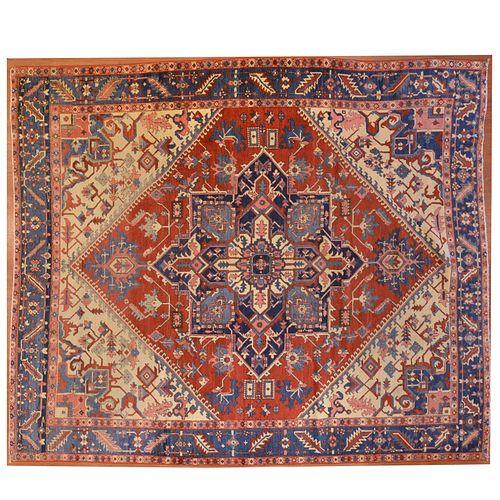 Antique Serapi Carpet, Persia, 9.6 x 11.1