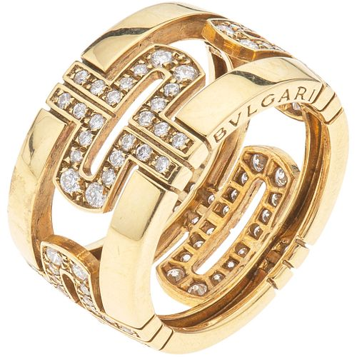 RING WITH DIAMONDS IN 18K YELLOW GOLD, BVLGARI, PARENTESI COLLECTION with 96 brilliant cut diamonds ~0.90 ct. Size: 6