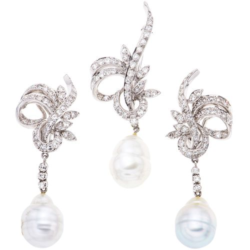 SET OF BROOCH AND PAIR OF EARRINGS WITH CULTIVATED PEARLS AND DIAMONDS IN PALLADIUM SILVER with 3 white and grey pearls, and 150 diamonds