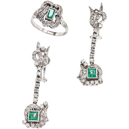 RING AND PAIR OF EARRINGS WITH EMERALDS AND DIAMONDS IN PALLADIUM SILVER with 3 emeralds, different cuts and 86 8x8 cut diamonds