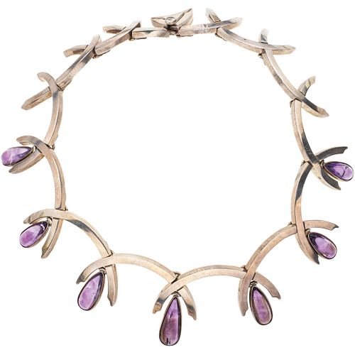 NECKLACE WITH AMETHYSTS IN .970 SILVER BY ANTONIO PINEDA Vintage design with 7 drop cut amethysts ~34.0 ct. Weight: 157.3 g