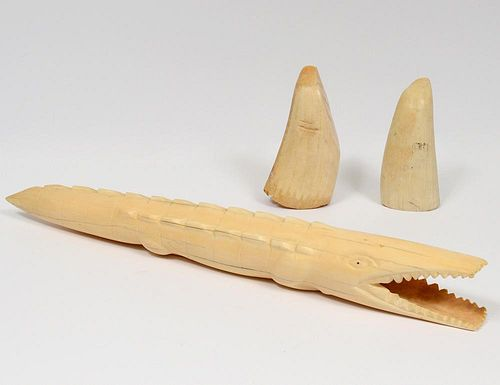 GROUP OF THREE IVORY ARTICLES