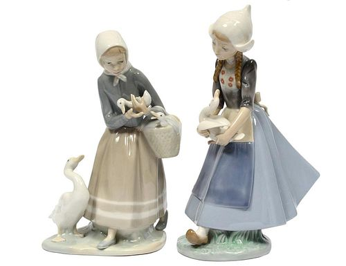TWO LLADRO PORCELAIN GROUPS
