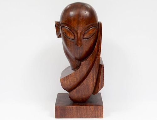 MID-CENTURY CARVED MAHOGANY HEAD OF A MAN