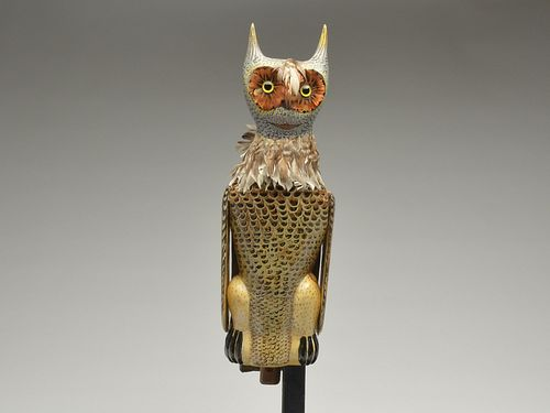 Large and important working owl decoy, Charles Perdew, Henry, Illinois, 2nd half 20th century.