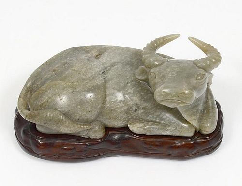 NEPHRITE JADE FIGURE OF AN OXEN