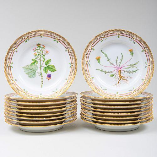Set of Eighteen Royal Copenhagen Porcelain 'Flora Danica' Dinner Plates