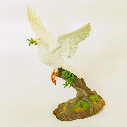 Boehm Porcelain Figurine, Dove Of Peace 40236