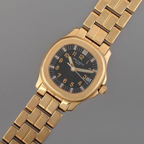 Patek Philippe Ref. 5066 Yellow Gold Automatic Bracelet Watch
