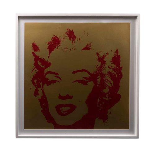 """ANDY WARHOL. II.40: Golden Marilyn Con sello en la parte posterior """"Fill in your own signature"""". Serigrafía. Enmarcada. 90 x 90 cm"""