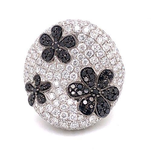 18k Black & White Diamond Flower Pave Ring