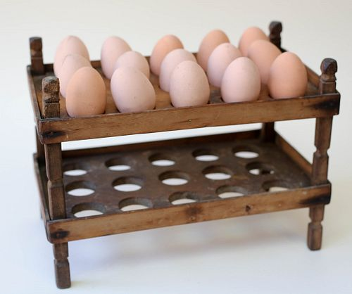 Pine Egg Stand