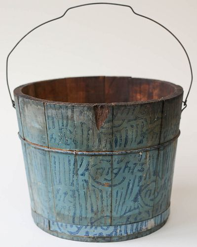 Painted Pine Knights Bucket