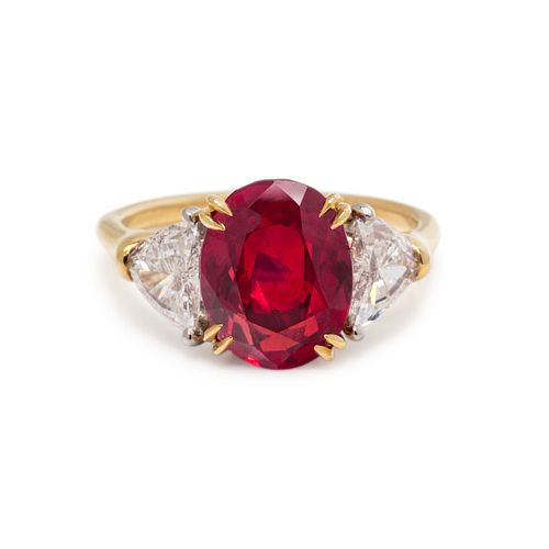 AN IMPORTANT BURMESE RUBY AND DIAMOND RING