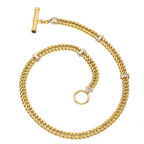 Collar en oro amarillo y blanco de 14k. Broche de perno. Peso: 31.8 g.