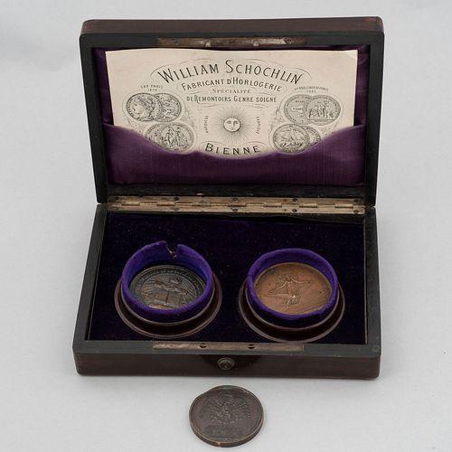 Lote de 3 medallas conmemorativas, unas del Porfiriato. México, siglo XIX en aleación de cobre, nickel y zinc.