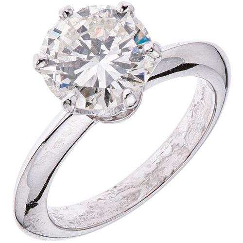 SOLITAIRE RING WITH DIAMOND IN PLATINUM 1 Brilliant cut diamond ~1.80 ct Clarity: SI2 Color: I-J. Weight: 5.2 g. Size: 4
