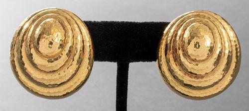 David Webb 18K Yellow Gold Shell Motif Earrings