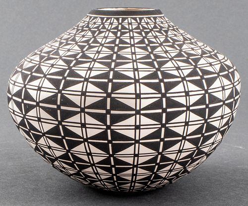 P. Estevano Southwest Pottery Vase, Acoma, NM