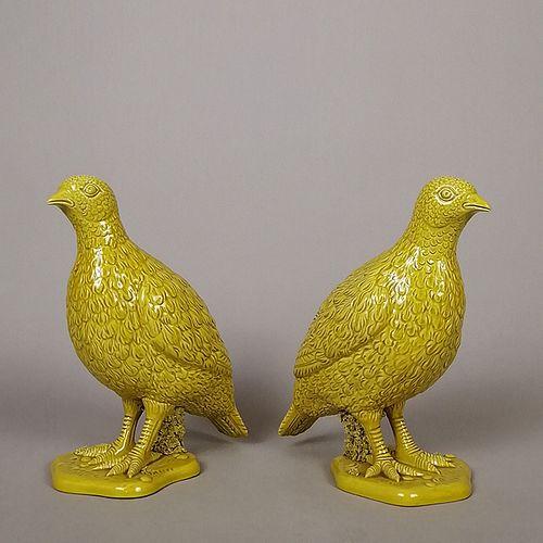 Ceramica de Ferlaro. Par de codornices en cerámica amarilla / Pair of yellow ceramic quails