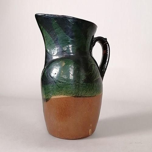 Jarra en barro con decoración vegetal pintada a mano / Hand painted clay jug