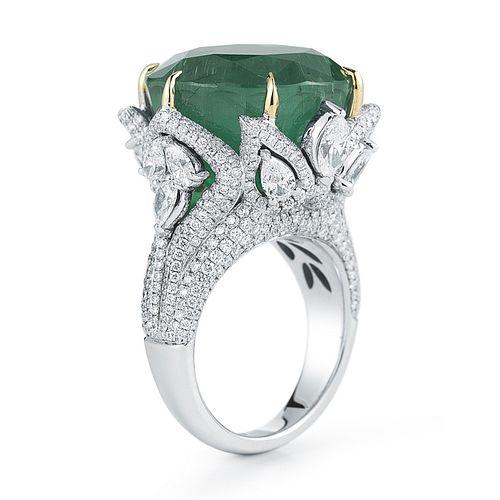 28.99ct Emerald And 4.50ct Diamond Ring