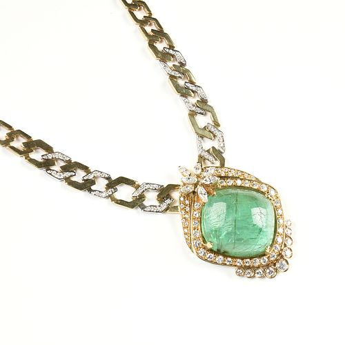 AN 18K YELLOW AND WHITE GOLD BRAZILIAN CABOCHON EMERALD AND DIAMOND LADY'S NECKLACE,