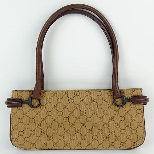 c60e411e9e2 Nice Pre-Owned Gucci Monogramed Long Purse with Fabric and leather ...