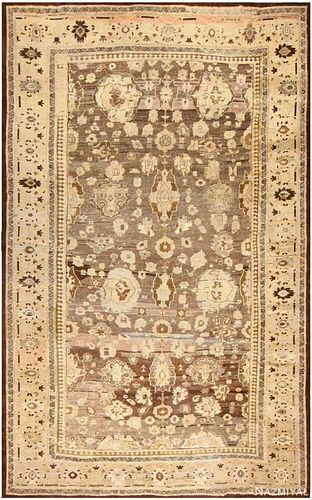 LARGE ALLOVER ANTIQUE PERSIAN SULTANABAD CARPET. 16 ft 7 in x 10 ft 9 in (5.05 m x 3.28 m).