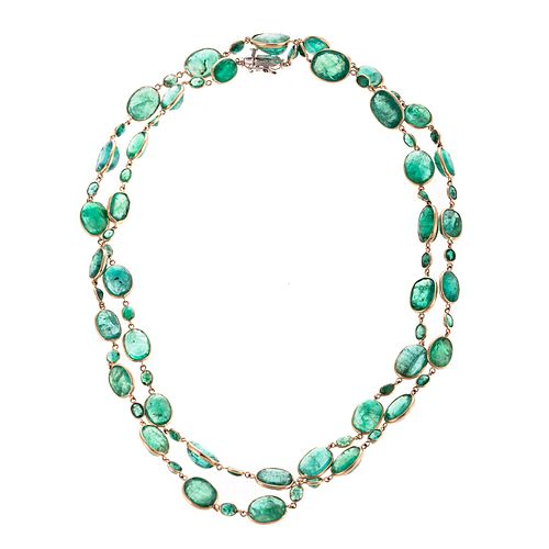 An Impressive 140.00 ctw Emerald Necklace in 14K