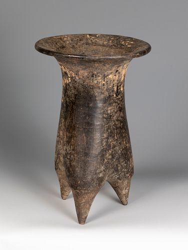 Li-type tripod vessel. China, late Neolithic, 6500-1600 BC). Decorated pottery.