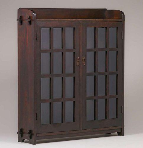 L&JG Stickley Onondaga Two-Door Bookcase c1905