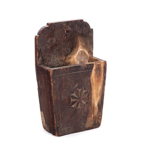 Early Americana Folk Art Scrimshaw Carved Wall Box Star