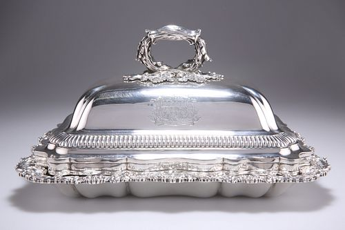 A FINE REGENCY SILVER ENTREE DISH AND COVER,byPaul Storr,