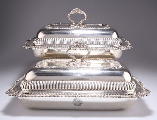 A PAIR OF GEORGE III SILVER ENTREE DISHES AND COVERS,byJo