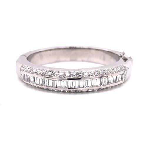 18k Diamond Bangle Bracelet