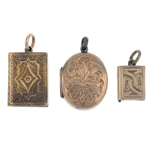 A selection of late 19th century jewellery. To include a foil back citrine fob, a signet ring, toget