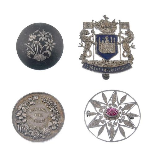 A selection of silver and white metal jewellery. To include filigree jewellery, an enamel ring, broo