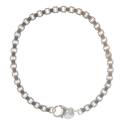 TIFFANY & CO. - a bracelet. The square curb-link chain, to the lobster clasp. Signed Tiffany & Co. L
