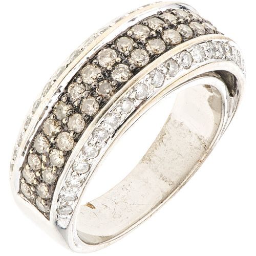 RING WITH DIAMONDS IN 18K WHITE GOLD Brilliant cut diamonds ~1.40 ct. Weight: 9.0 g. Size: 6 ¾