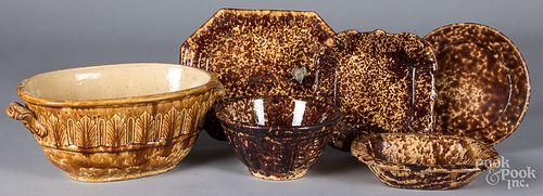 Six pieces of Rockingham glaze pottery